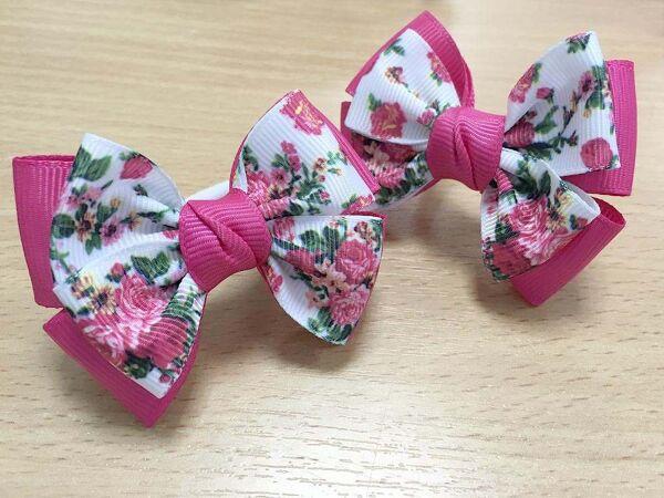 Бантик для волос Малышка розовый с рисунком цветы