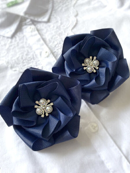 Бант для волос Сакура синий с жемчужинами