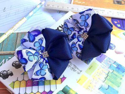 Детский бантик Волнушка синий с бабочками