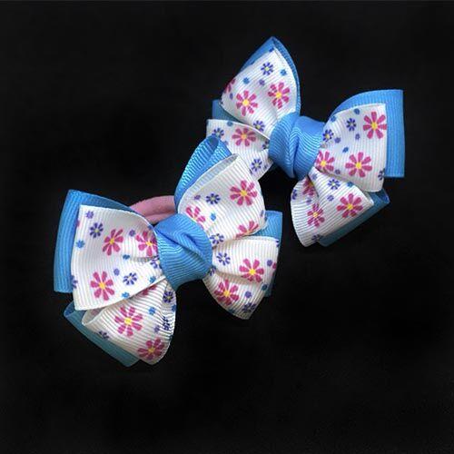 Бантик для волос Малышка голубой с белым в цветочек